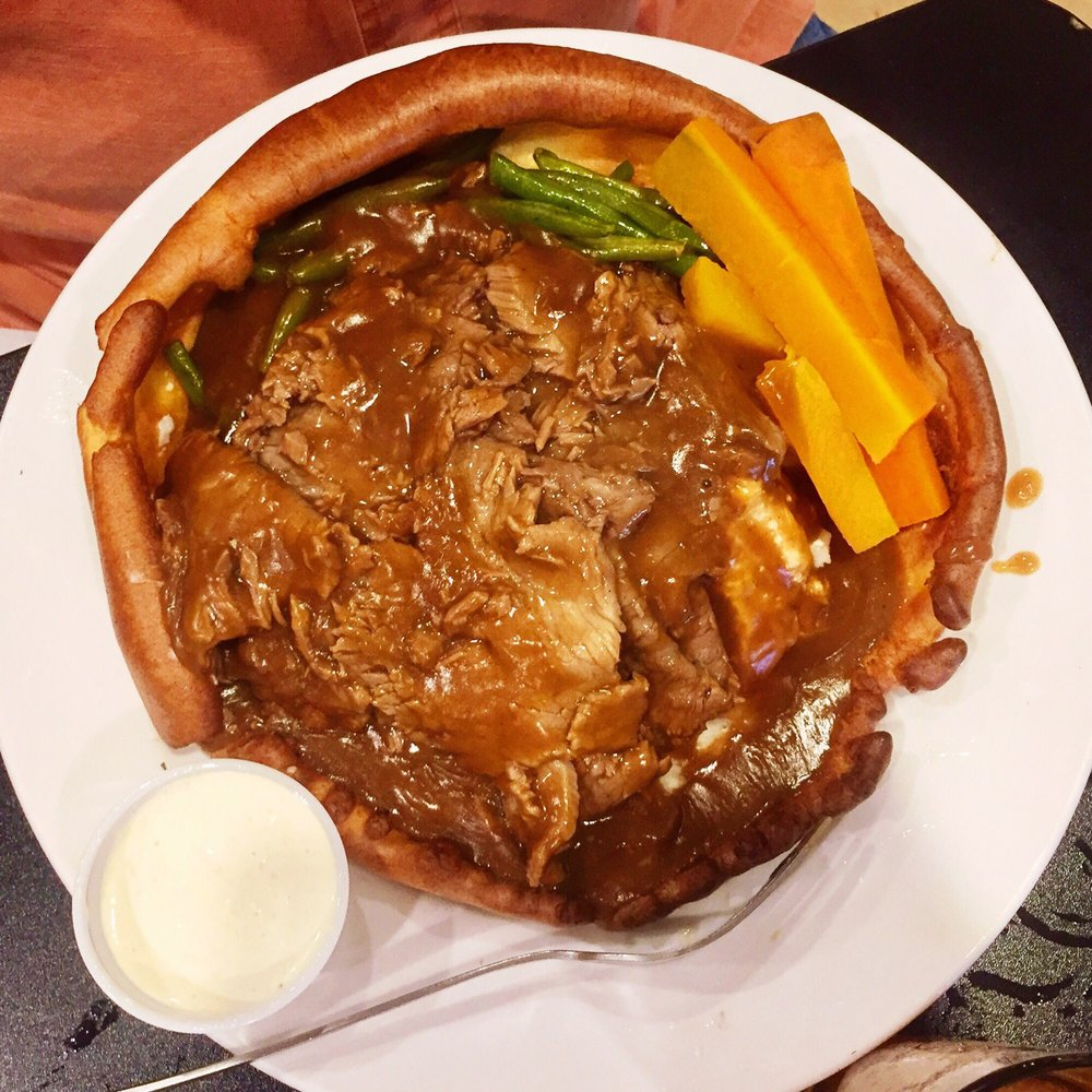 English pot roast in a bonnet bread bowl that was featured on photo of maple leaf diner dallas tx united states english forumfinder Gallery