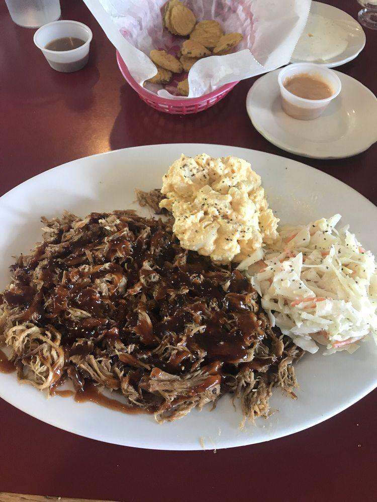 Riverview Grill Seafood and BBQ: 1625 Oak Ridge Hwy, Clinton, TN