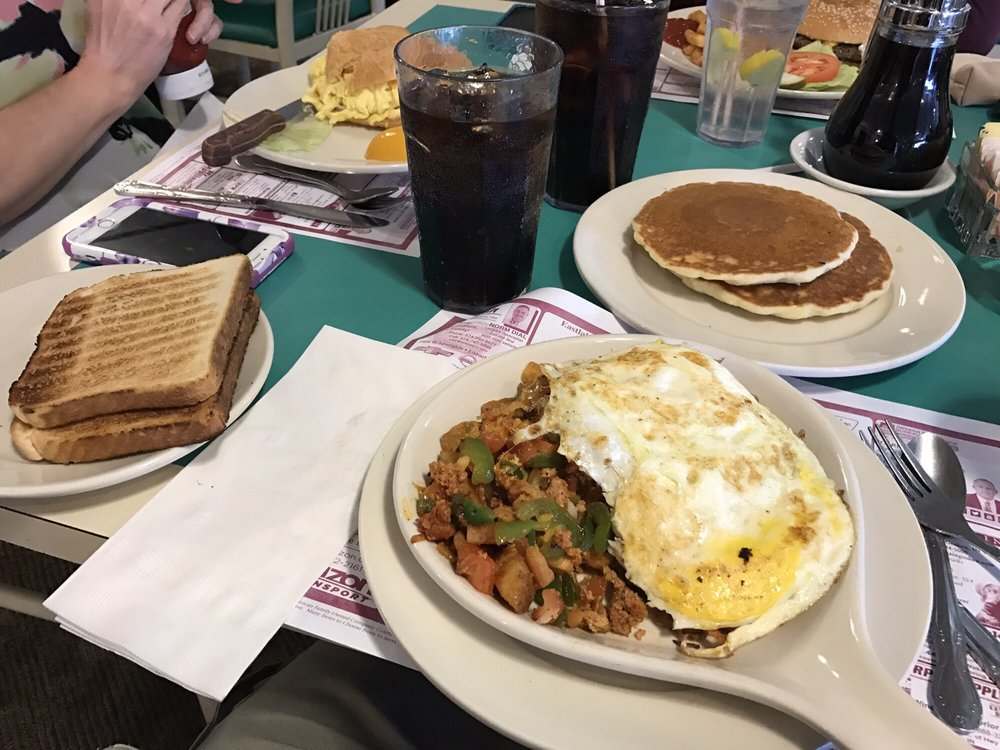 Mayberry Cafe: 736 Middleton Run Rd, Elkhart, IN