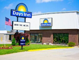 Days Inn by Wyndham Emporia: 3032 West Hwy 50, Emporia, KS