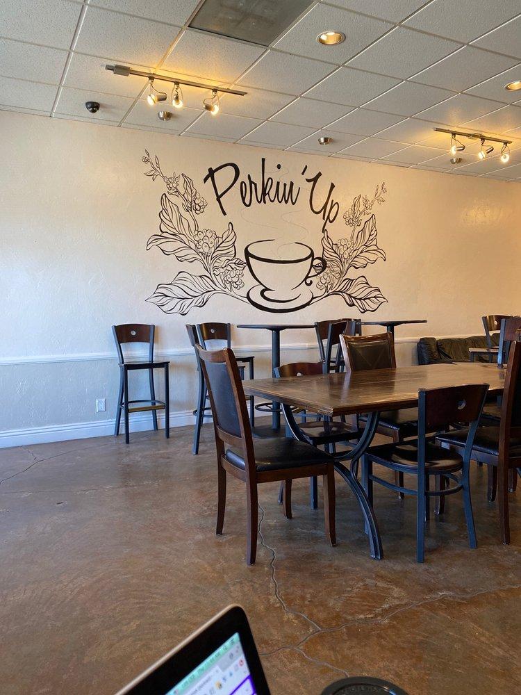 Perkin'Up Coffee House: 33326 Santiago Rd, Acton, CA