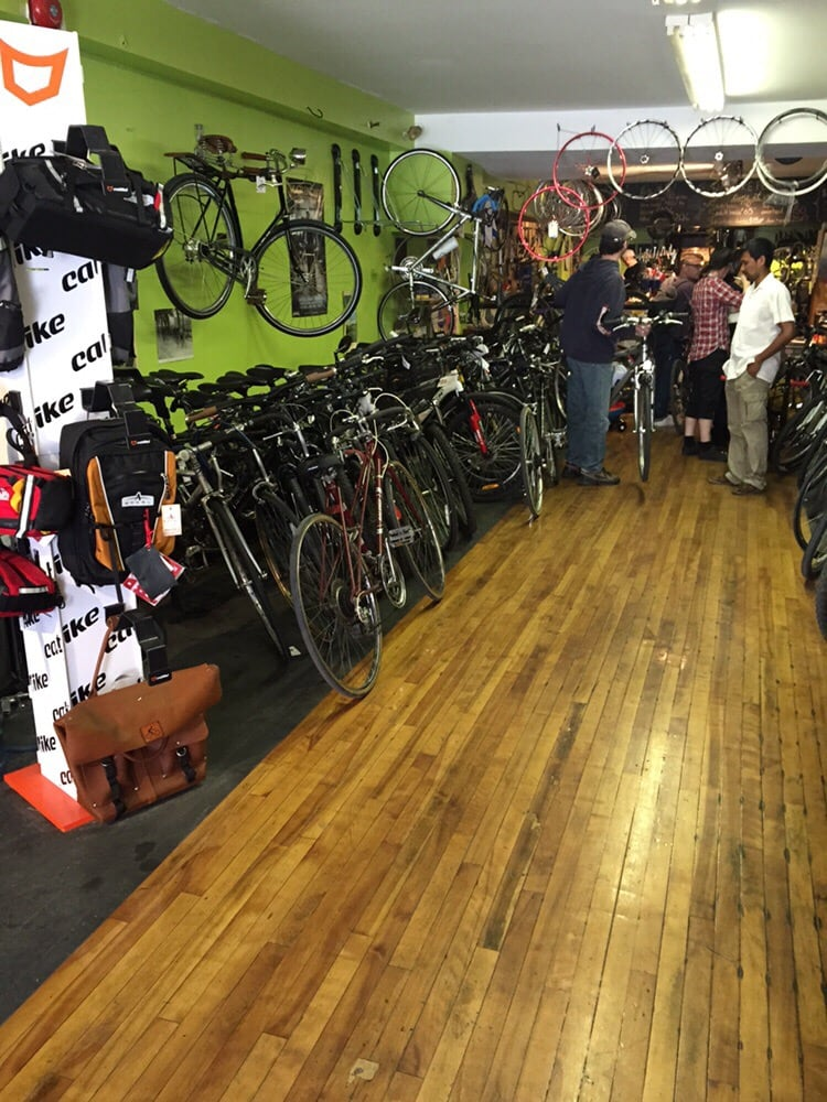 the bike pedaler fahrrad 25 portland street downtown dartmouth dartmouth ns kanada. Black Bedroom Furniture Sets. Home Design Ideas