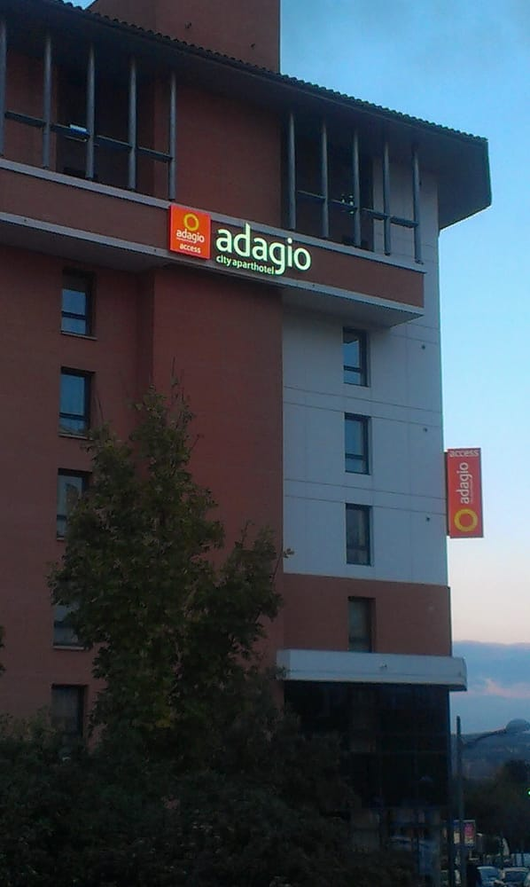 Aparthotel adadgio acces toulouse saint cyprien hotels for Ter toulouse