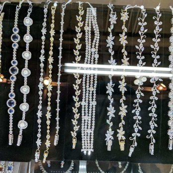 ff8c61ba Royal Accessories - 305 E 9th St, Downtown, Los Angeles, CA - 2019 ...