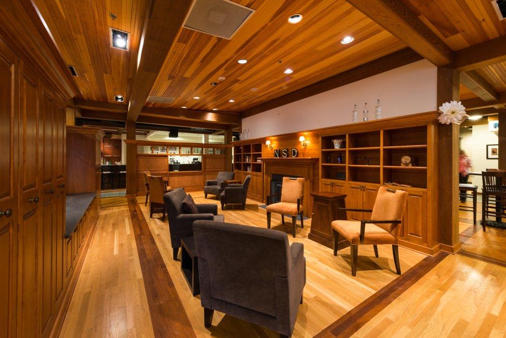 North Shore Distillery: 13990 Rockland Rd, Green Oaks, IL