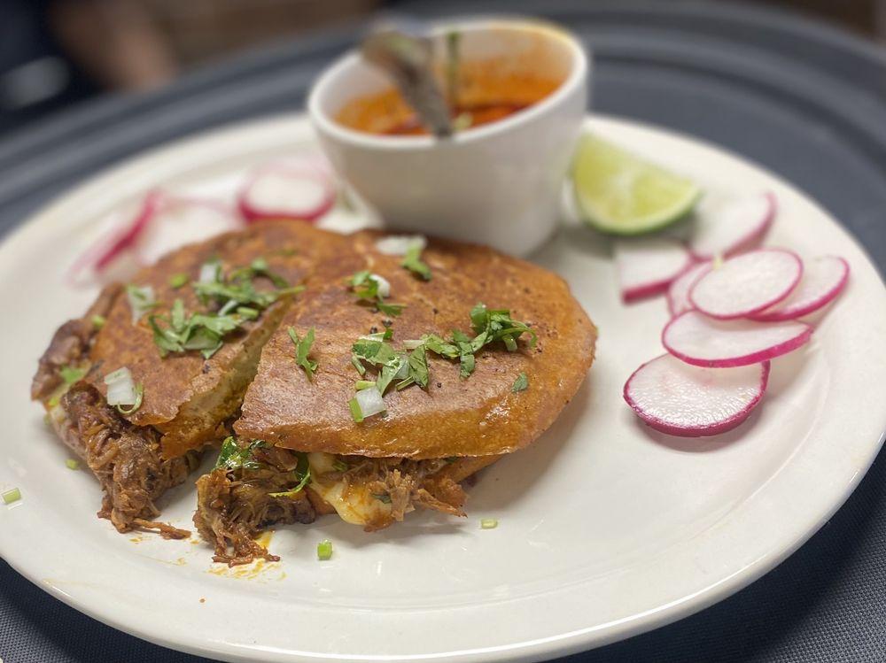 Mi Tierra Cocina Mexicana : 2112 N Prairie Creek Rd, Dallas, TX