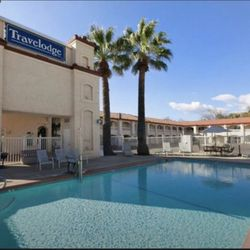 Photo Of Travelodge By Wyndham Redding Ca United States Beautiful