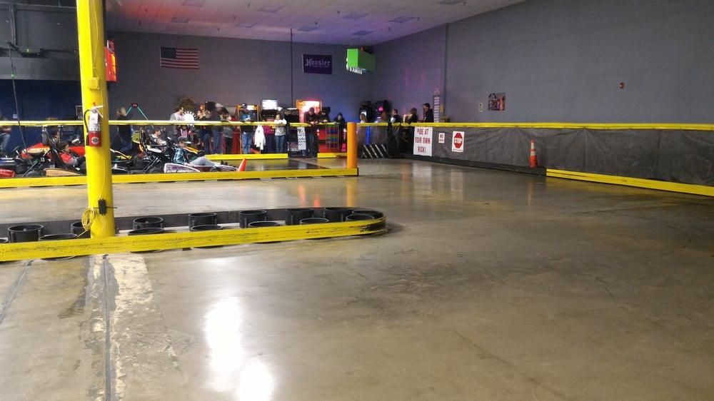 Fast Track Racing: 605 W Coliesum Blvd, Fort Wayne, IN