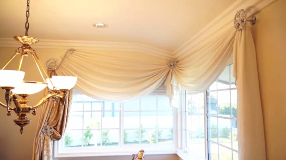 corner window treatments custom curtains and drapes in los angeles yelp. Black Bedroom Furniture Sets. Home Design Ideas
