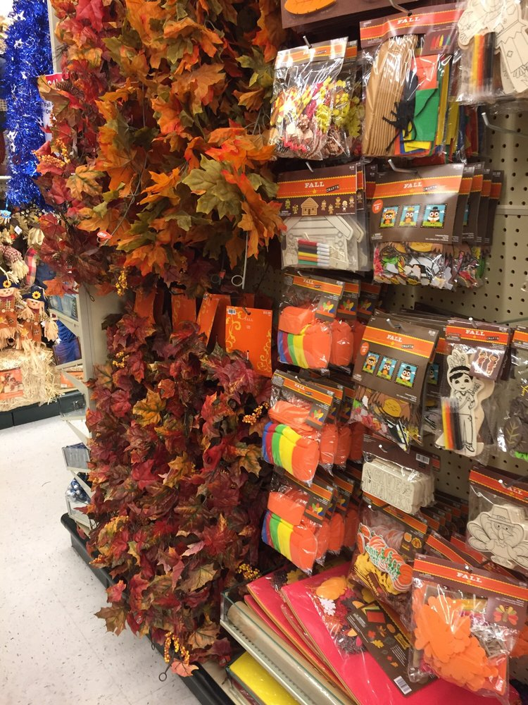 Find the business hours and addresses of the Hobby Lobby Stores locations near North Las Vegas, NV, including information about bulk fabric, silk flowers, and the top-rated art and craft stores.