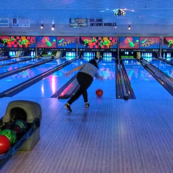 Cortlandt Lanes 26 Photos 12 Reviews Bowling 2192 Crompond