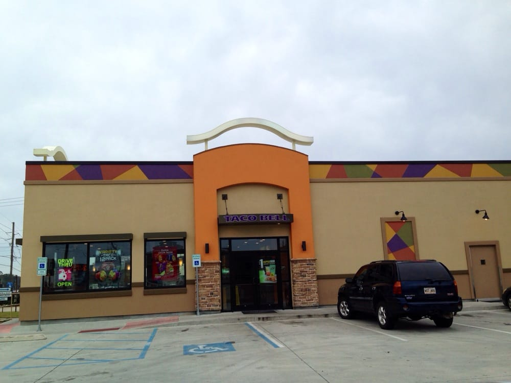 Taco Bell: 106 Schlief Dr, Belle Chasse, LA