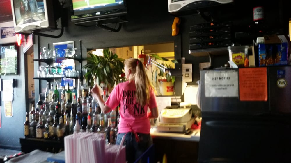 Bumpys: 1000 Main St, Neodesha, KS