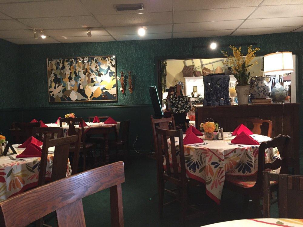 Wildflower Cafe: 211 W Knox St, Ennis, TX