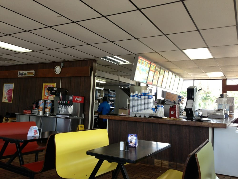 Dairy Queen: 14251 Hwy 287 E, Chillicothe, TX