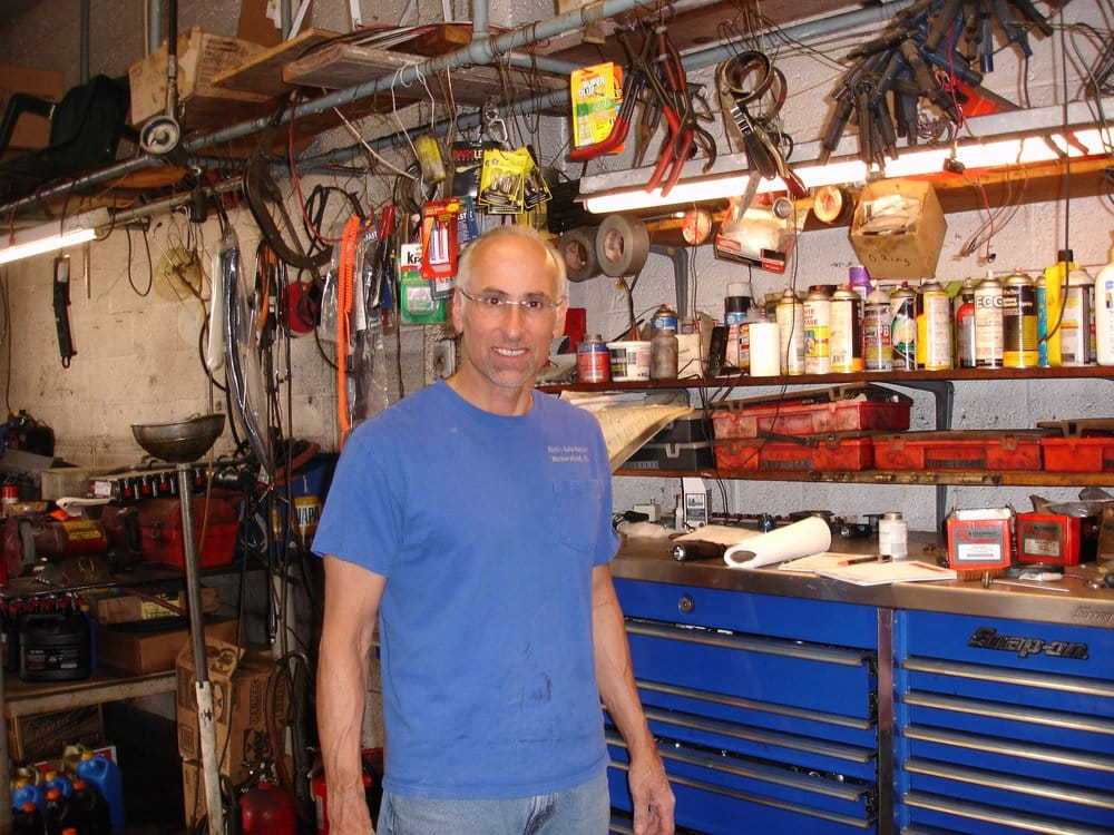 Ricks Auto Repair: 1745 Berlin Tpke, Wethersfield, CT