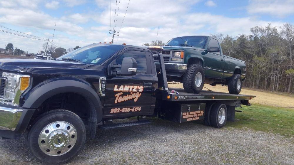 Lantz's Towing: 209 S Indian Town Rd, Shawboro, NC