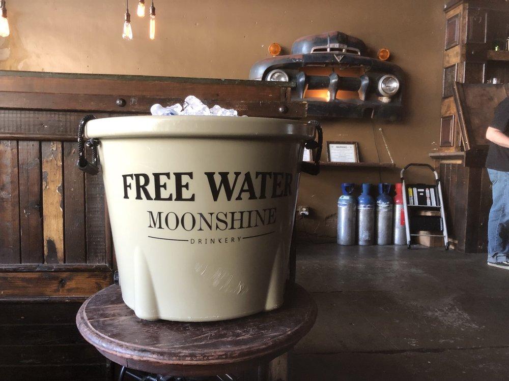Social Spots from Moonshine Drinkery