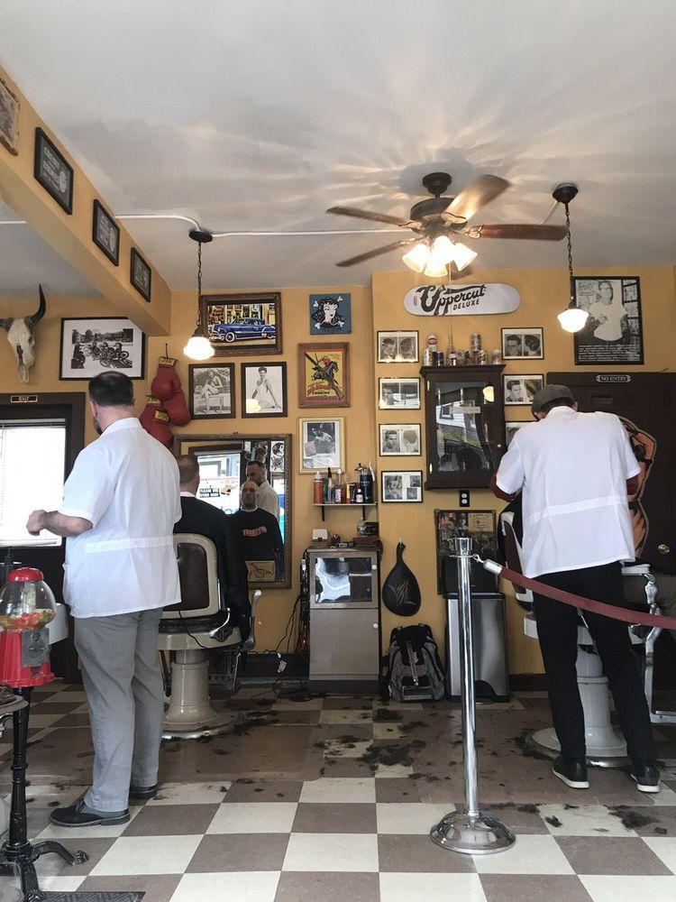 Pugsly's Barbershop: 3 Main St, Kingston, NY