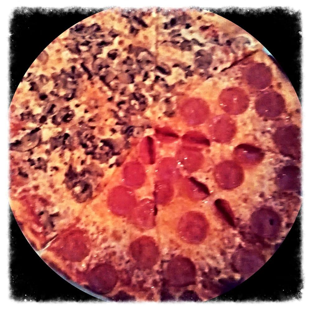 Vito's Ristorante & Pizzeria: 1680 Nc Hwy 5, Aberdeen, NC