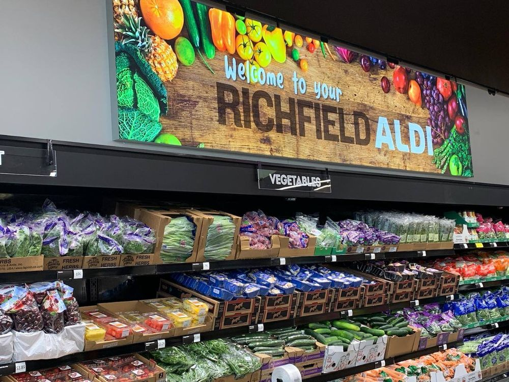 ALDI: 860 W 78th St, Richfield, MN