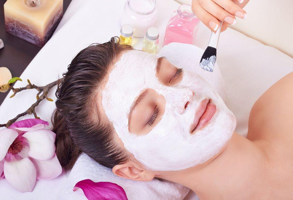 American Academy of Cosmetology: 1330 Blanding Blvd, Orange Park, FL