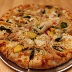 the best 10 pizza places near crowne plaza detroit downtown rh yelp com