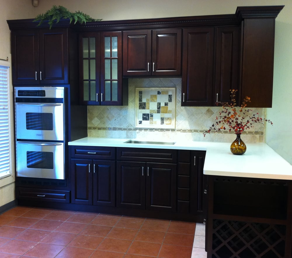 Villa Cherry Cabinets With Eggshell Quartz