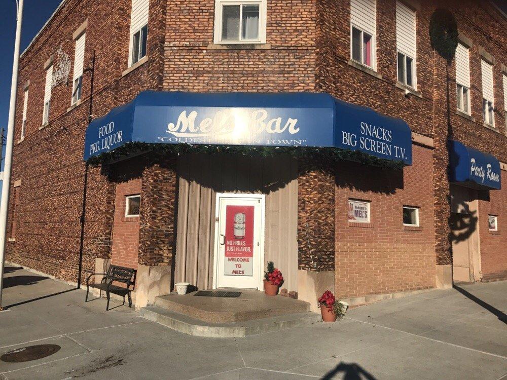 Mel's Bar & Lounge: 401 Main St, Scribner, NE