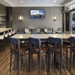 Embassy Suites by Hilton Secaucus Meadowlands - 127 Photos