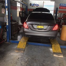 Rey s auto repair service 21 63 591 sw for Mercedes benz service miami