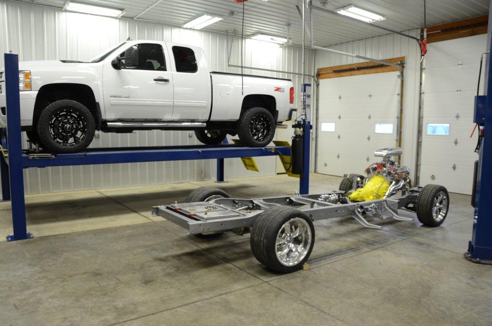 Yoerger Automotive & Exhaust: 416 1st St, DeWitt, IA
