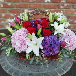 Photo of Woodland Warner Flowers - Woodland Hills, CA, United States