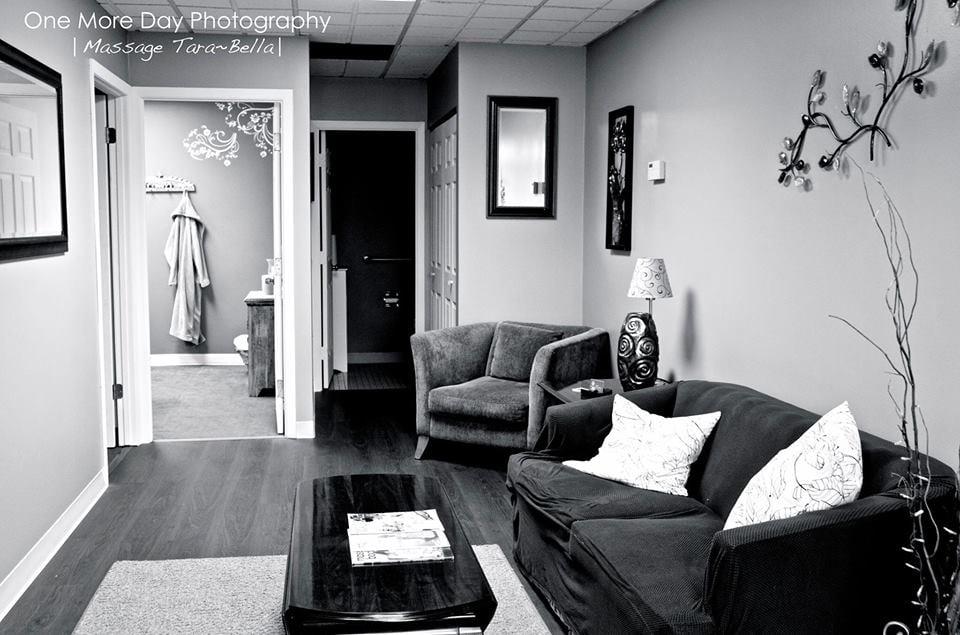 Body Wellness Center Massage Therapy: 1201 S 7th St, Rochelle, IL