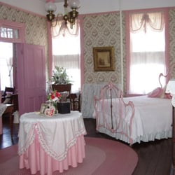 Photo Of White House Hotel Hermann Mo United States Bridal Suite
