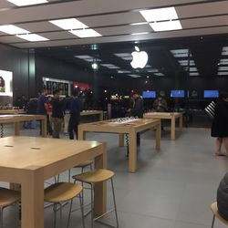 Apple Store - 65 Broadway, New Haven, CT - 2019 All You Need