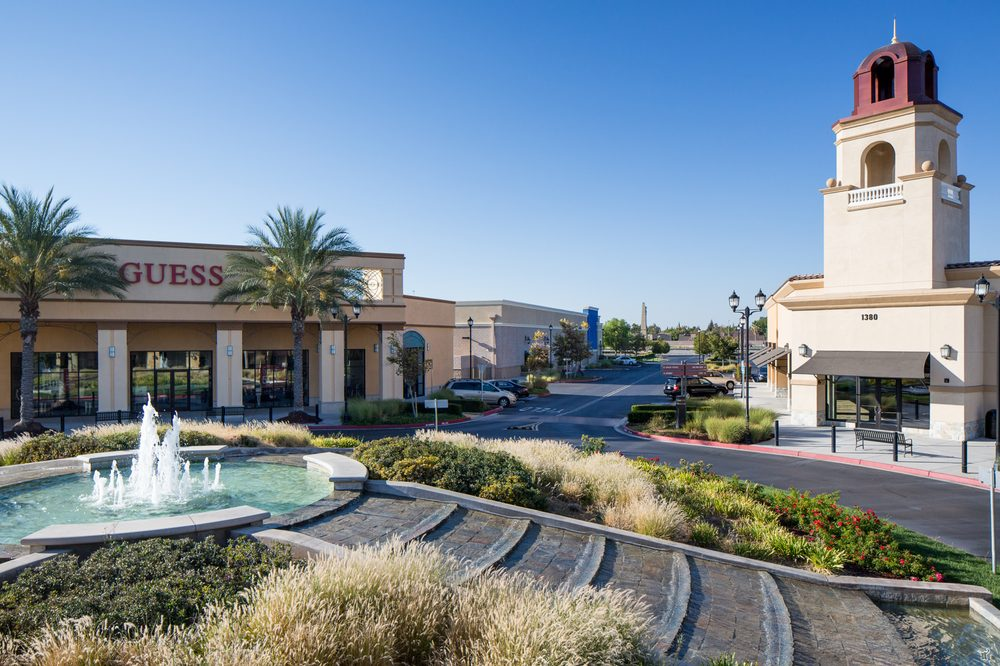 The Promenade Shops at Orchard Valley: 280 Lifestyle St, Manteca, CA