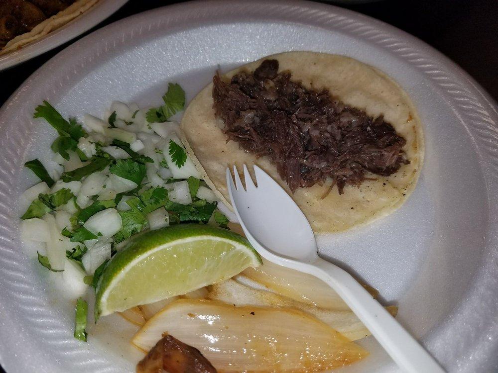 Tres Salsas Taqueria: 9575 Scyne Rd, Dallas, TX