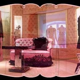 photos pour chantal thomass yelp. Black Bedroom Furniture Sets. Home Design Ideas