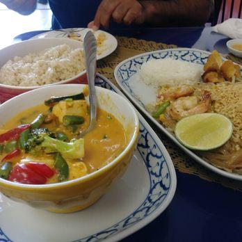 Thai air cuisine 185 photos 241 reviews thai 721 for Air thai cuisine