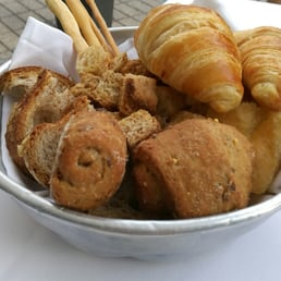 photo of cucina cereda ponte san pietro bergamo italy cestino del pane
