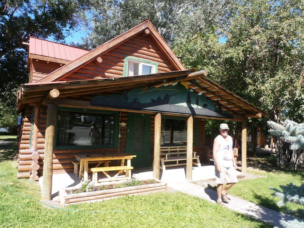 Ruby Valley Lodge: 310 S Main St, Sheridan, MT