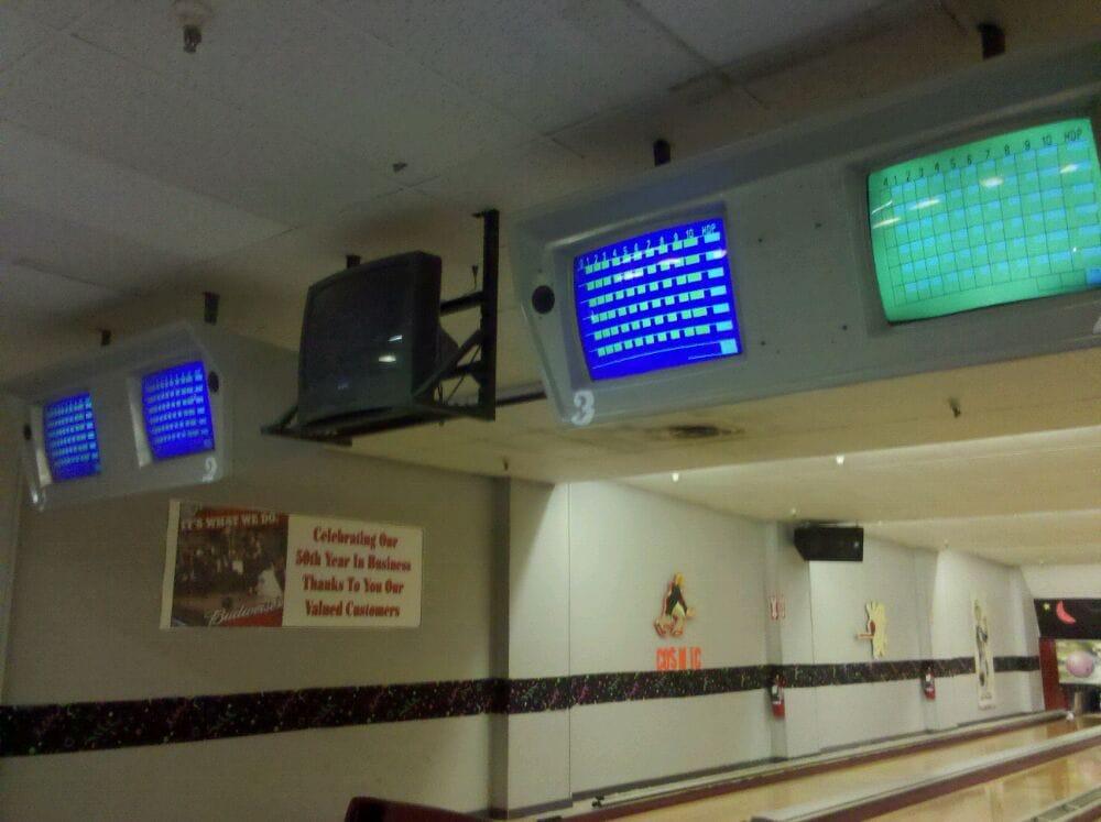 Hoebowl Bowling Centers: 305 W Bridge St, Catskill, NY