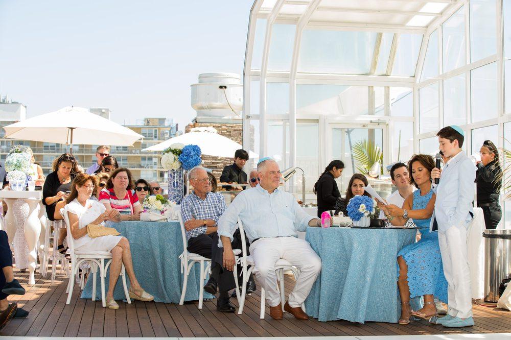 Photo of Sunny Atlantic Beach Club: Atlantic Beach, NY