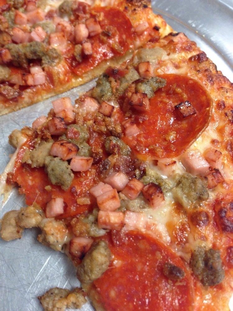 intercou foxs pizza den - 750×1000