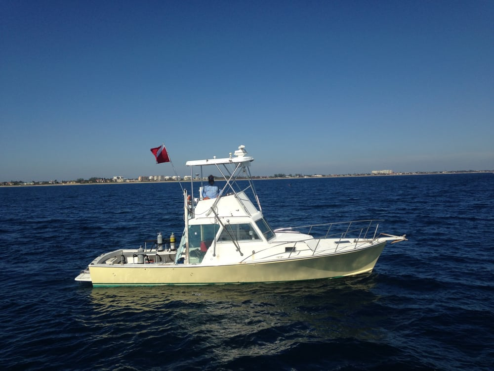 Underwater Explorers: 728 Casa Loma Blvd, Boynton Beach, FL