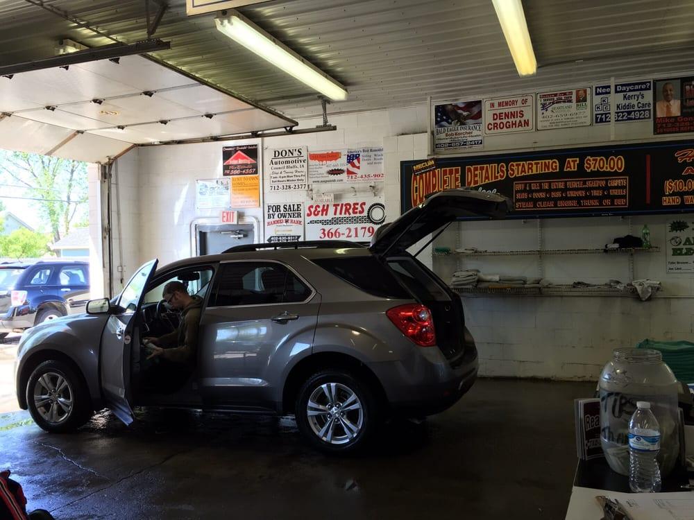 Riverside Car Wash: 2541 2nd Ave, Council Bluffs, IA
