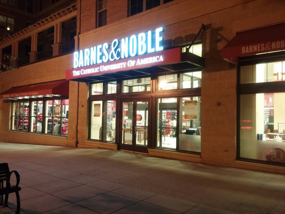 Barnes and Noble - CUA: 625 Monroe St NE, Washington, DC, DC