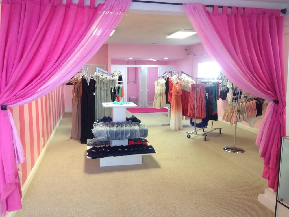 My Little Closet: 14604 Whittier Blvd, Whittier, CA