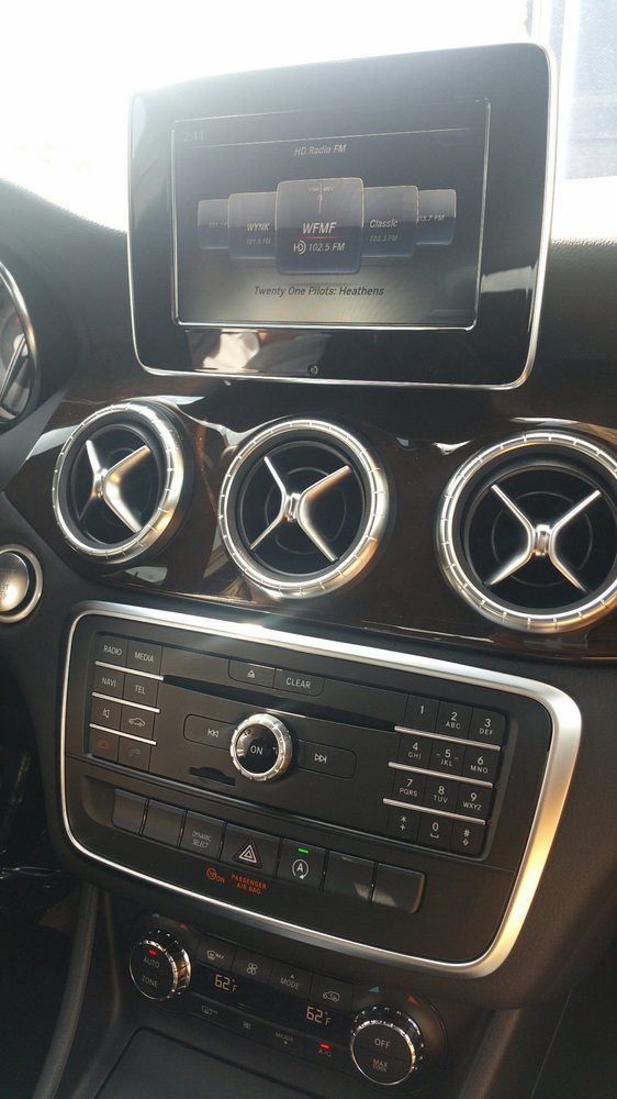 Inside the cla yelp for Mercedes benz baton rouge service